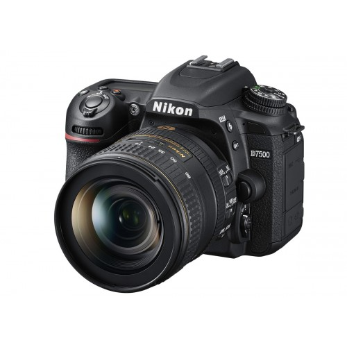 Nikon D7500 Camera with 18-140mm Lens