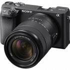 Sony Alpha A6400 with 18-135mm Lens