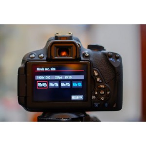 Canon EOS 700D with 18-55mm (Fairly Used)